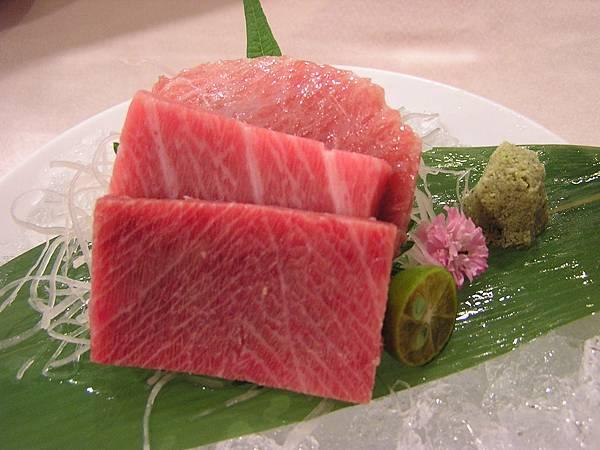 大鵬灣食堂 -- 黑鮪魚沙西米