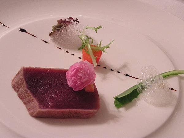 集雅朵 -- 開胃菜.炙燒生鮪魚