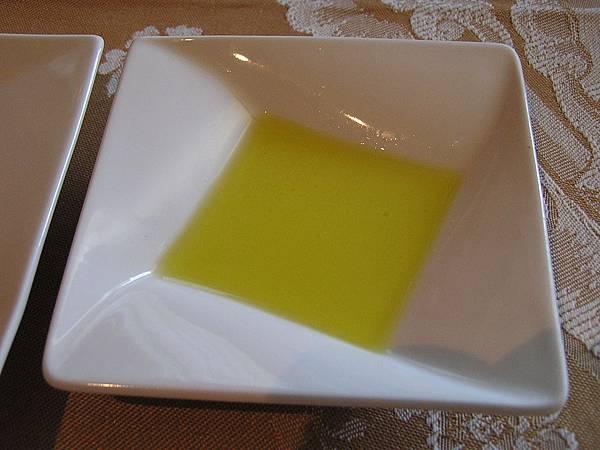 法嵐斯 -- 沾麵包用的橄欖油