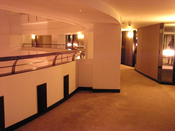 香格里拉 - 圓弧走廊2