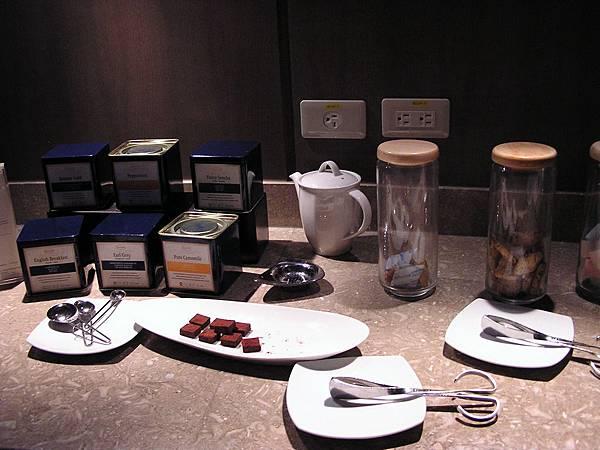 香格里拉 - 貴賓廊.茶包 & 手工餅乾