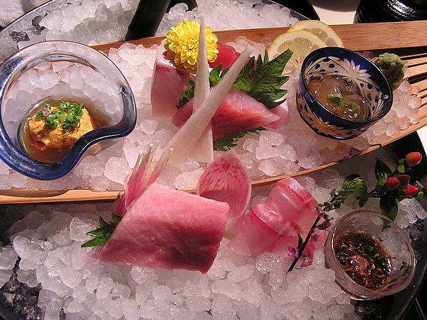 澄江 - 生魚片.海膽.鰻苗