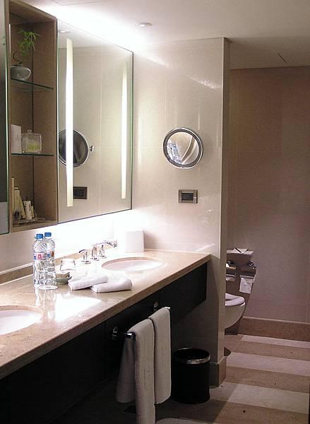 香格里拉 - 2613浴室