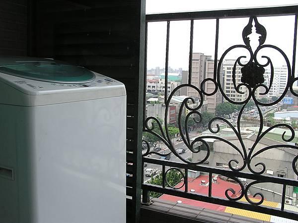 圓山尊爵會館 -- 陽台