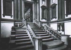 圖書館階梯.jpg