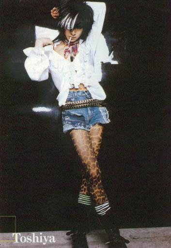 toshiya-美腿.jpg