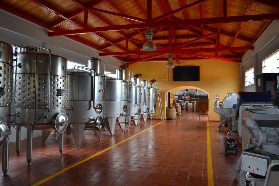 wine-664818_960_720.jpg