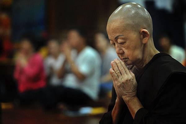 theravada-buddhism-1769528_960_720.jpg