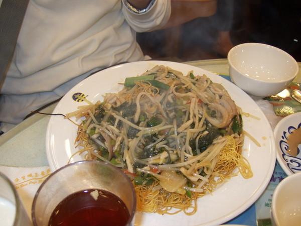 Day 1_茶餐廳 2 (海鮮炒麵).jpg