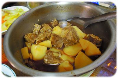 素馬鈴薯燉肉.jpg