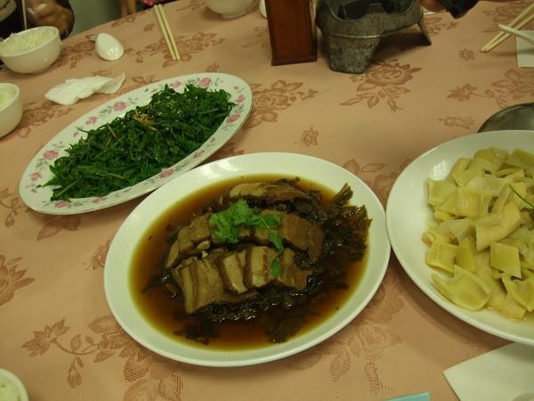 98年0516清境之旅晚餐.jpg