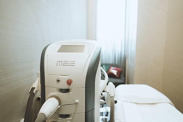 彩衝光M22費用價錢彩衝光價格術後保養痘疤青春痘反黑脈衝光高雄彩衝光02.jpg