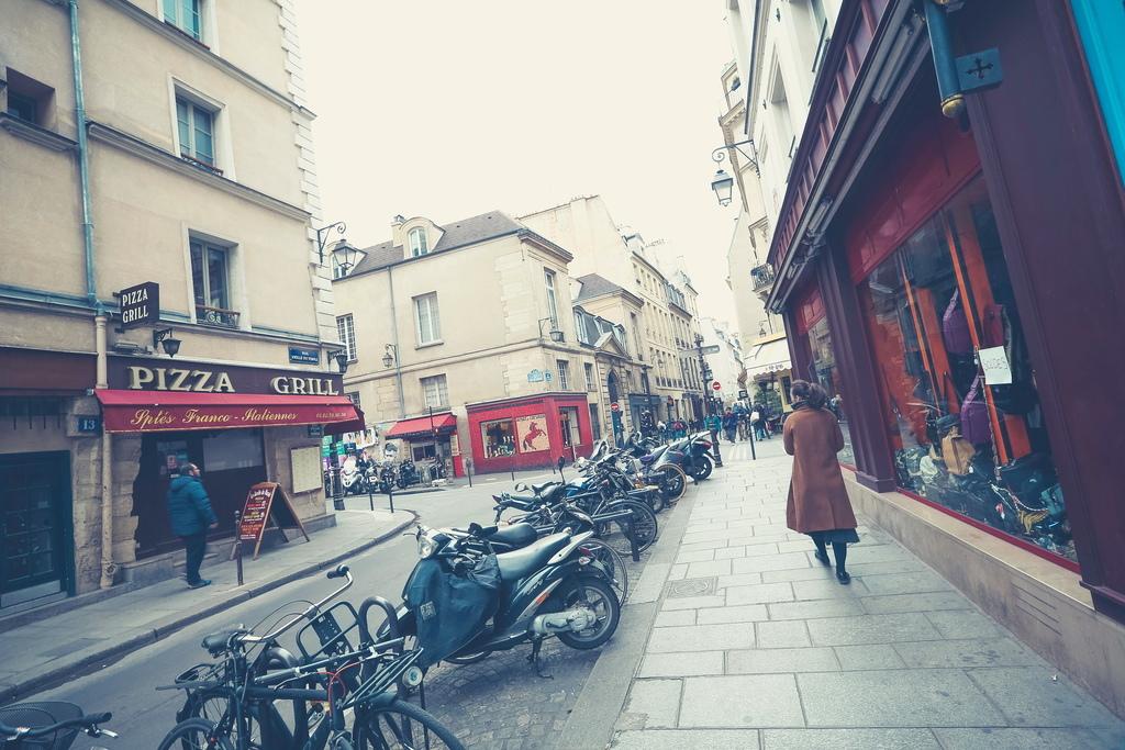 Paris %26; iceland (431 - 1505).jpg
