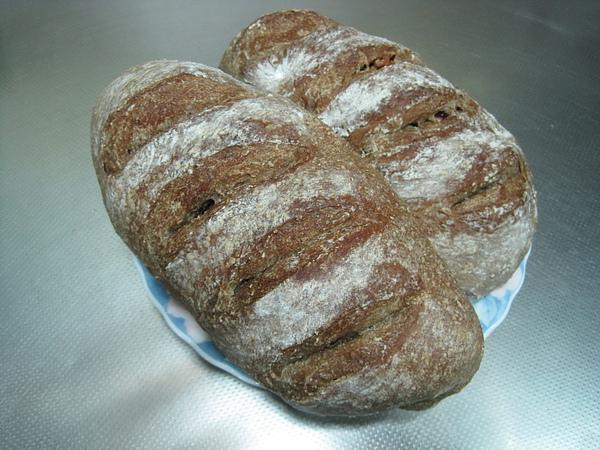 裸麥核桃蔓越莓鄉村麵包