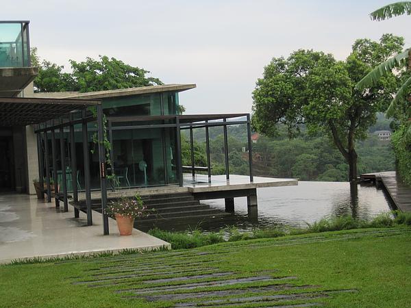 二泉湖畔15.JPG
