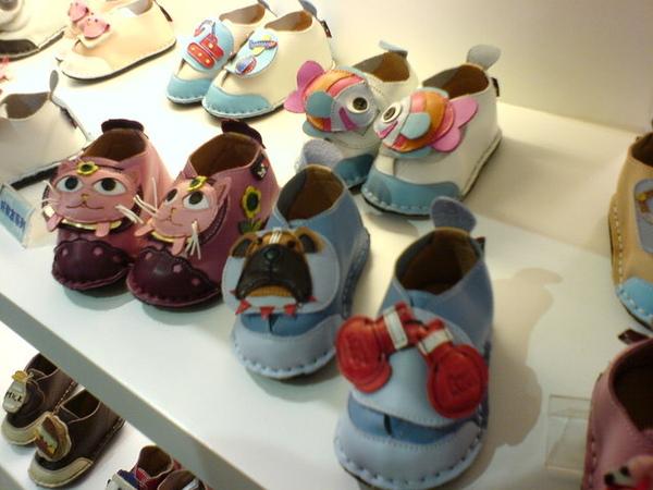 童鞋超可愛