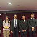 102律師慶功宴小團體照1.jpg
