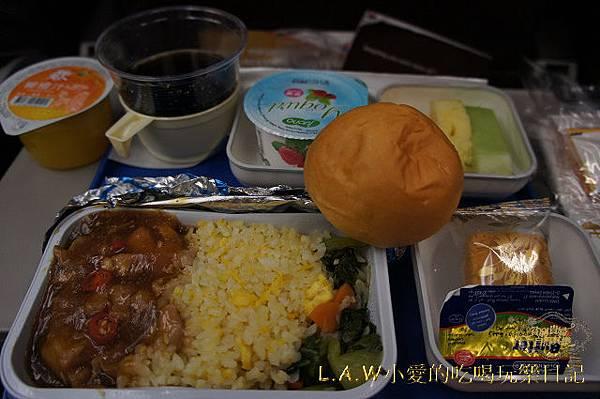 201211飛機餐@馬來西亞航空飛沙巴-01.jpg