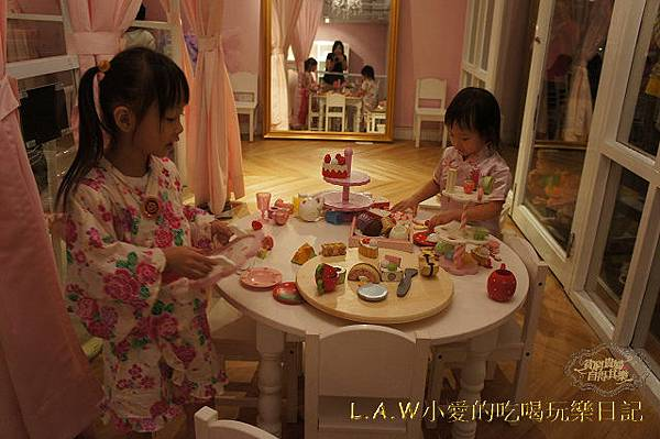 20141025@繽紛樂園Pink Swan Party-03.jpg