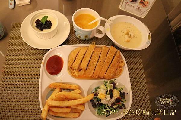 20150705@台北富信大飯店范塔莎西餐廳-05.jpg