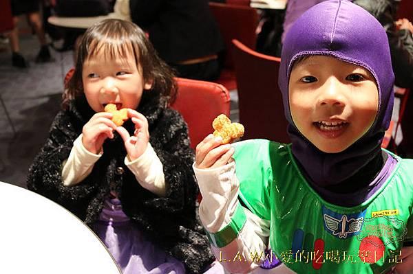 20150302東京迪士尼樂園美食@世界市集小憩店+明日樂園舞台餐廳-05.jpg