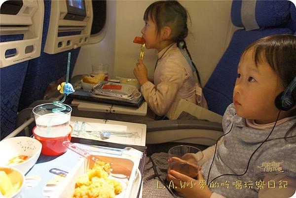 2014年12月日本九州親子自由行@飛機餐-01.jpg