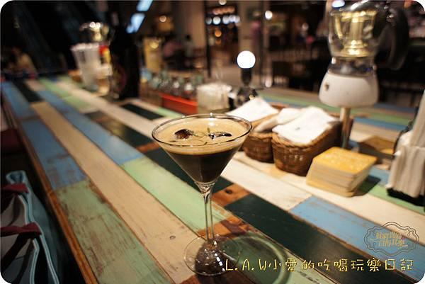 20150529信義新光三越美食@等一個人咖啡-02.jpg