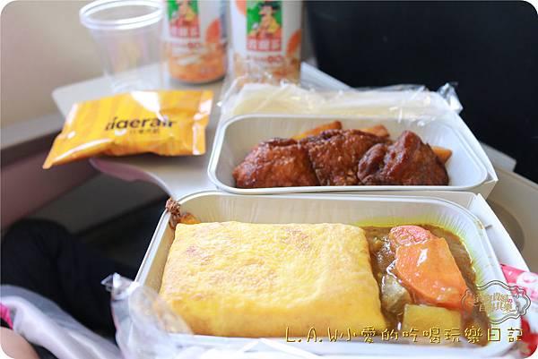 2016TRiP02日本九州親子7日自由行@台灣虎航福岡飛機餐-05.jpg