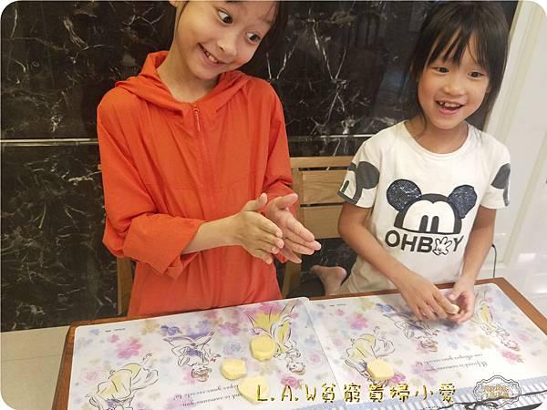20181028親子烘焙DIY@萬聖節蜘蛛餅乾-16.jpg