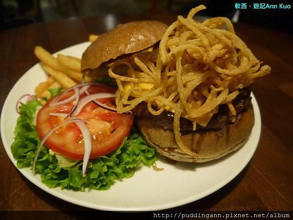 P1310676脆洋蔥牛肉.jpg