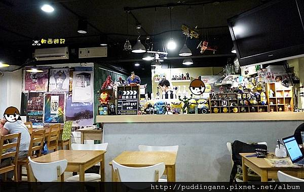 (已歇業)[食記]台北公館 片場咖啡Film Studio Cafe 可愛超級英雄圍繞 小小兵怪獸大學置身拍片現場 不限時有WIFI鹹食鬆餅第一名好咖啡店! *附菜單*