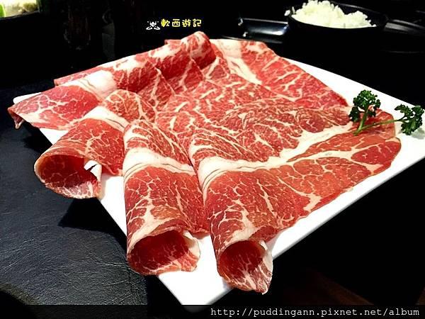2015-12-20 20.06.12霜降嫩煎牛肉.jpg