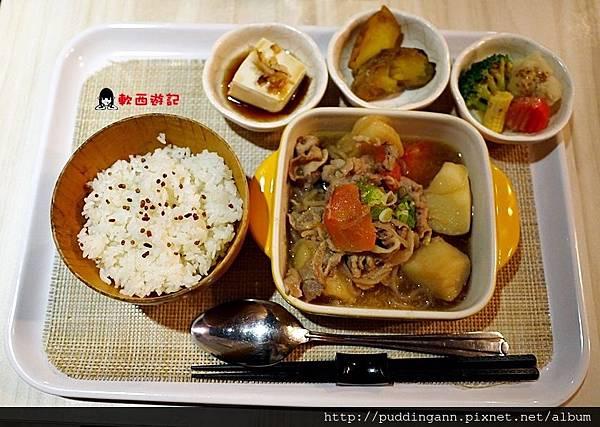 P1450567馬鈴薯燉肉米定食.JPG
