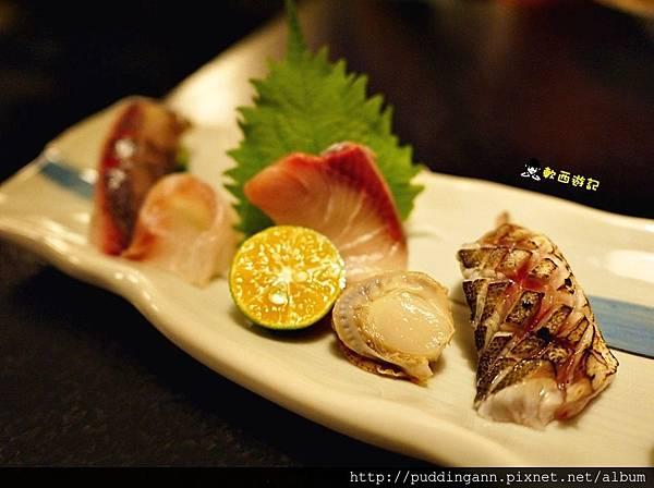 P1500529日本扇貝 尖縮(有智燒 鰤魚 真鯛 台灣飛魚.JPG