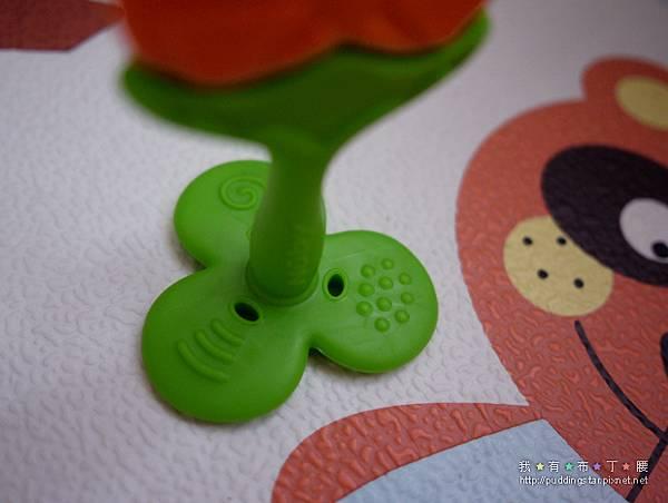 Nuby固齒器玩具005.jpg