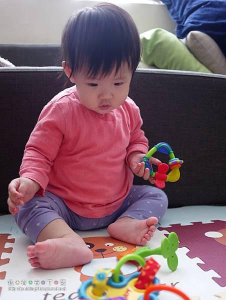 Nuby固齒器玩具018.jpg