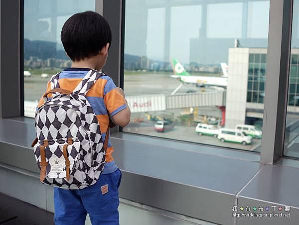 瑞典ELODIE-DETAILS兒童外出背包-01.jpg