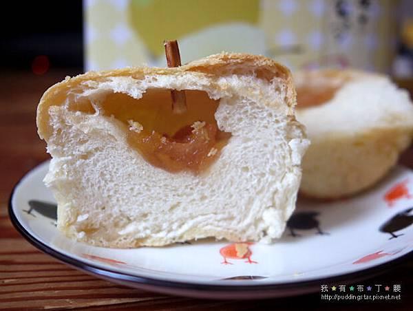美娜甜心梨子麵包17.jpg