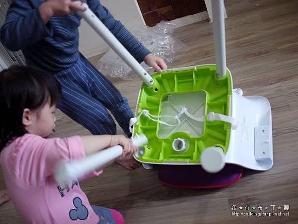 創寶貝三合一餐椅13.jpg