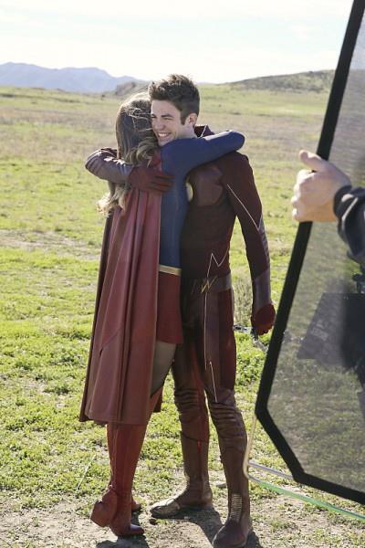 《閃電俠》The Flash 《超女》Supergirl 歐美影集檔案023