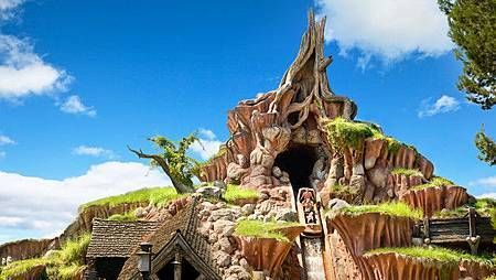 splash-mountain-00.jpg
