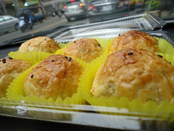 不二家西點麵包:賀!Pull美食盃蛋黃酥組第一名●不二家西點麵包。