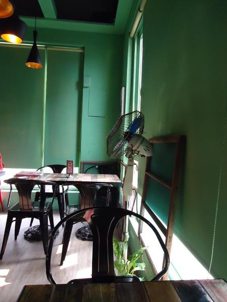 喜喜茶室:冰與火巧妙融合之冰火波羅包~來個港式下午茶吧●喜喜茶室