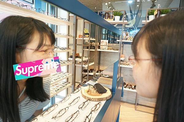 PicsArt_10-13-01.47.44.jpg