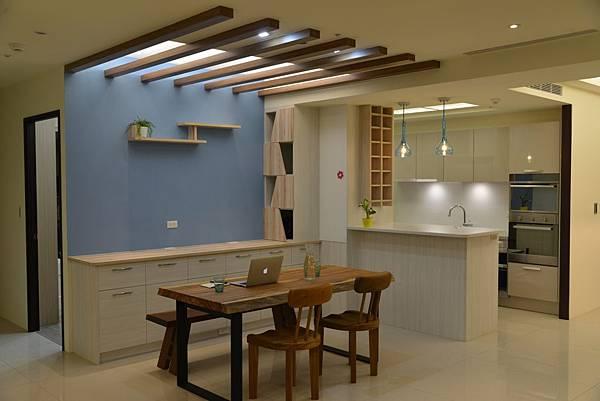 PULO 裝潢平台—彰化室內設計師,陳柏宇餐廳設計作品。
