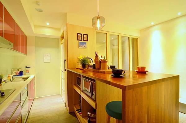 PULO 裝潢平台—台中室內設計師,黃翠菁廚房作品。