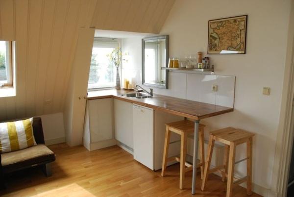 簡單的小廚房.JPG