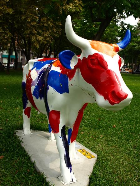 快樂即興牛