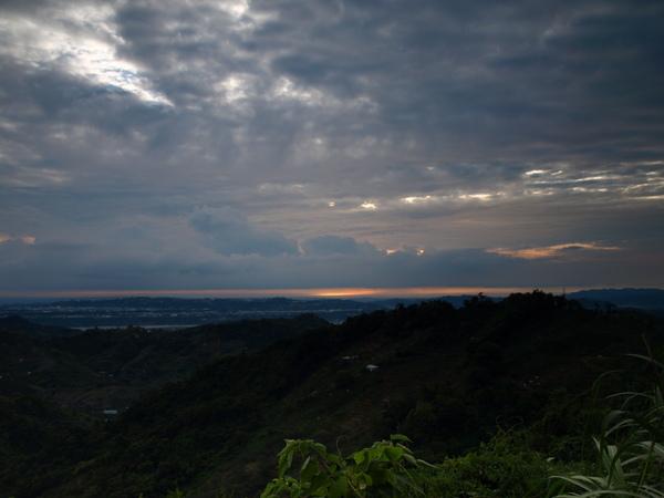 下山途中看到的夕陽