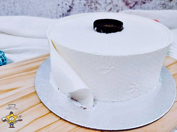 聖瑪莉衛生紙蛋糕 (3).jpg